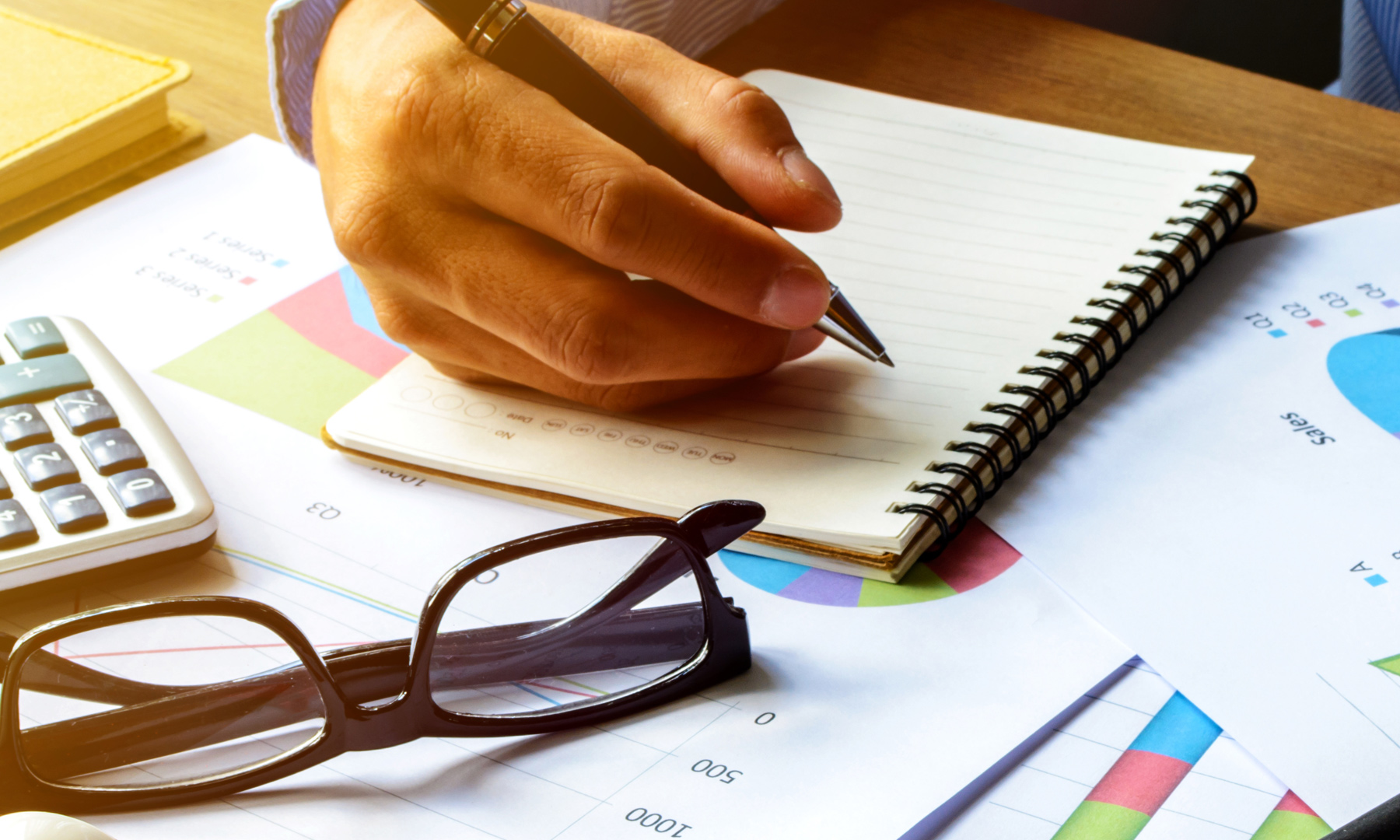 Easy Steps To Successfully Manage Your Finances